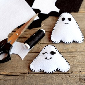 Easy and Adorable Ghost Craft for Kids