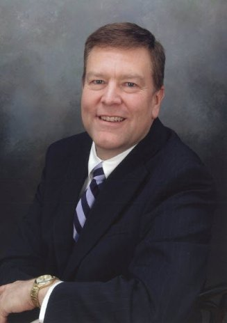 Craig J Lucas