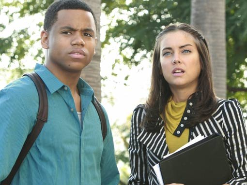 Dixon (Tristan Wilds) and Erin (Jessica Stroup)