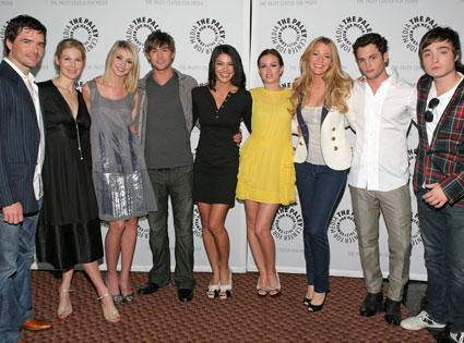 Rufus, Lily, Jenny, Nate, Vanessa, Blair, Serena, Dan, and Chuck