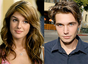 Shenae Grimes as Annie Wilson and Zachary Ray Sherman as Jasper