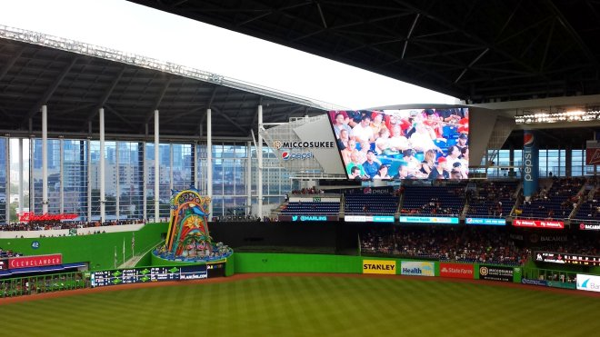 The roof finally closes, but too late to prevent the first rain delay at Marlins Park. It takes about 13 minutes to close.