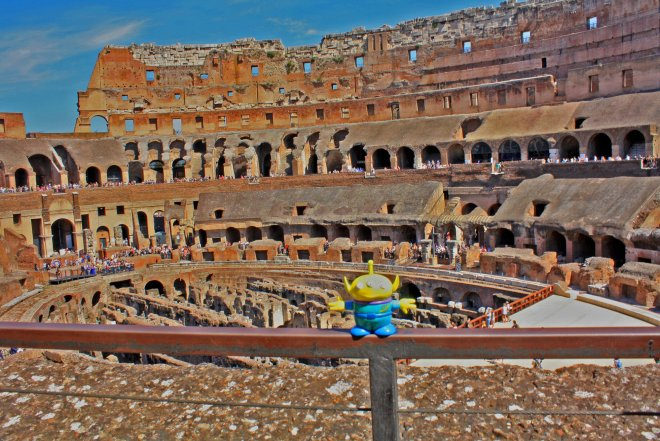Craigslegz Travel Alien BeBop sends condolences for the demise of HitchBOT a site famous for inhumanity in ancient Rome. Craigslegz.com