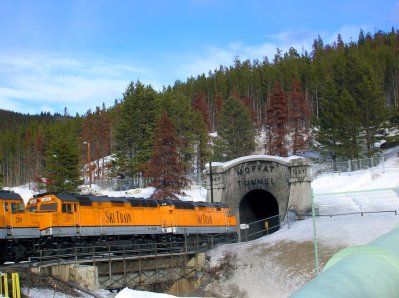 ski-train-winter-park