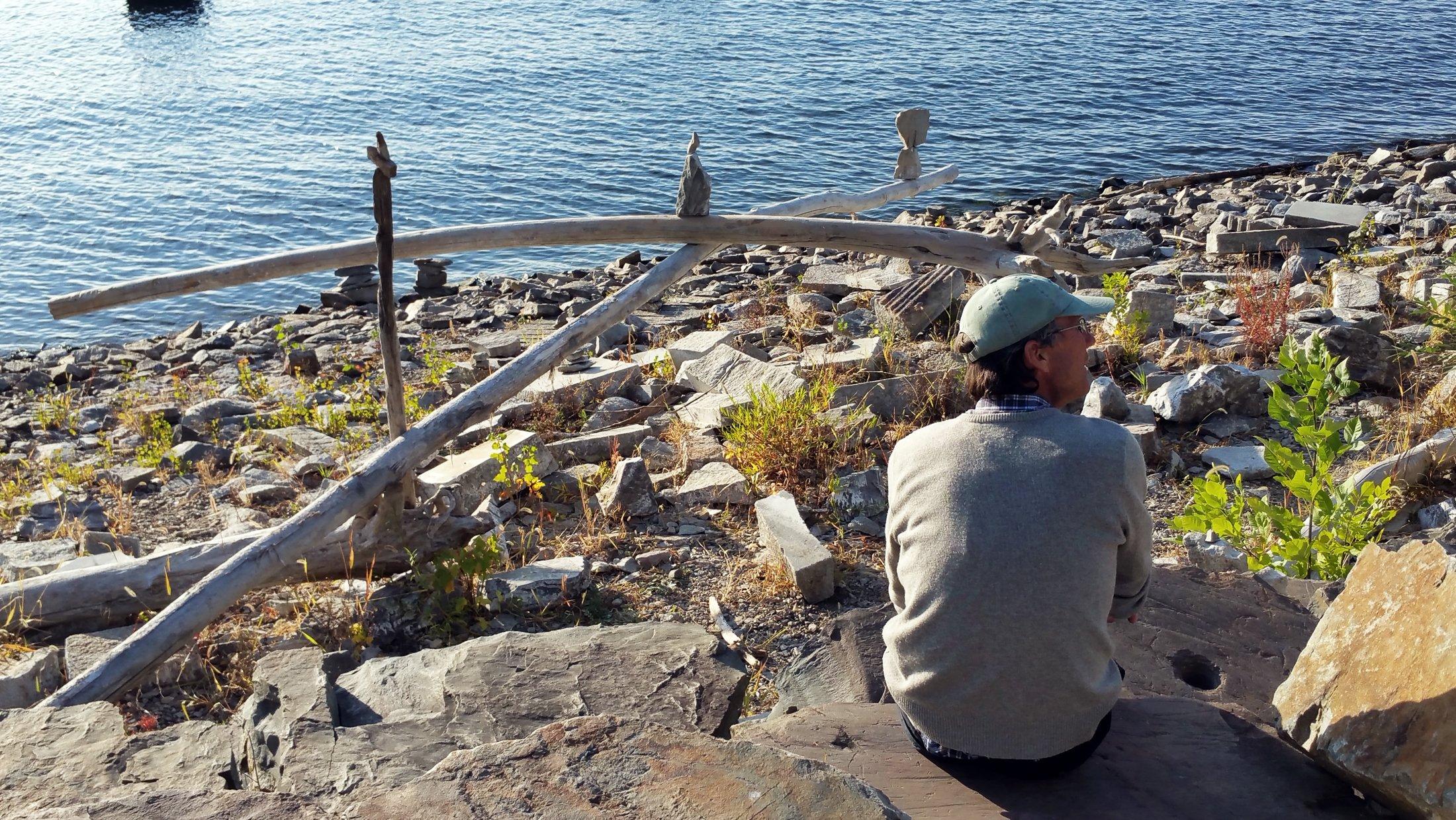 burlington-lake-driftwood-rocks
