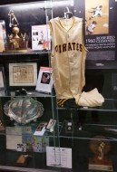 The family of the late hall of famer Roberto Clemente auctioned some of his memorabilia during 2017 All-Star FanFest. (Craig Davis/Craigslegz.com)