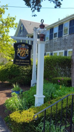 Queen Anne Inn is conveniently situated in Chatham in an historic setting that dates to the 1840s. (Craig Davis/Cragslegz.com)
