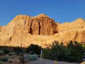 Colors are highlighted by the changing light of day at Arches National Park. (Fran Davis/Craigslegztravels.com)