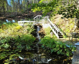 Waterfall outside the Cornell Inn in Lenox, Mass. (Craig Davis/CraigslegzTravels.com)