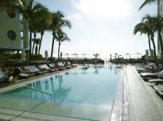 Morning is mellow at the Costa d'Este Beach Resort in Vero Beach. (Craig Davis/Craigslegztravels.com)