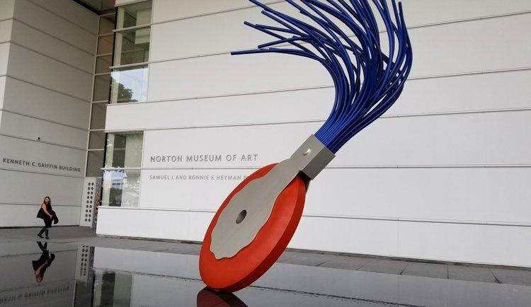 Typewriter Eraser, Scale X is a 19-foot sculpture outside the Norton Museum of Art in West Palm Beach, Fla. (Fran Davis/Craigslegztravels.com)