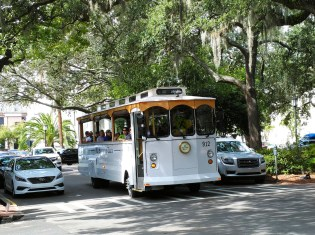 Old Savannah Tours runs a variety of tours including several ghost encounters. (Craig Davis/CraigslegzTravels.com)