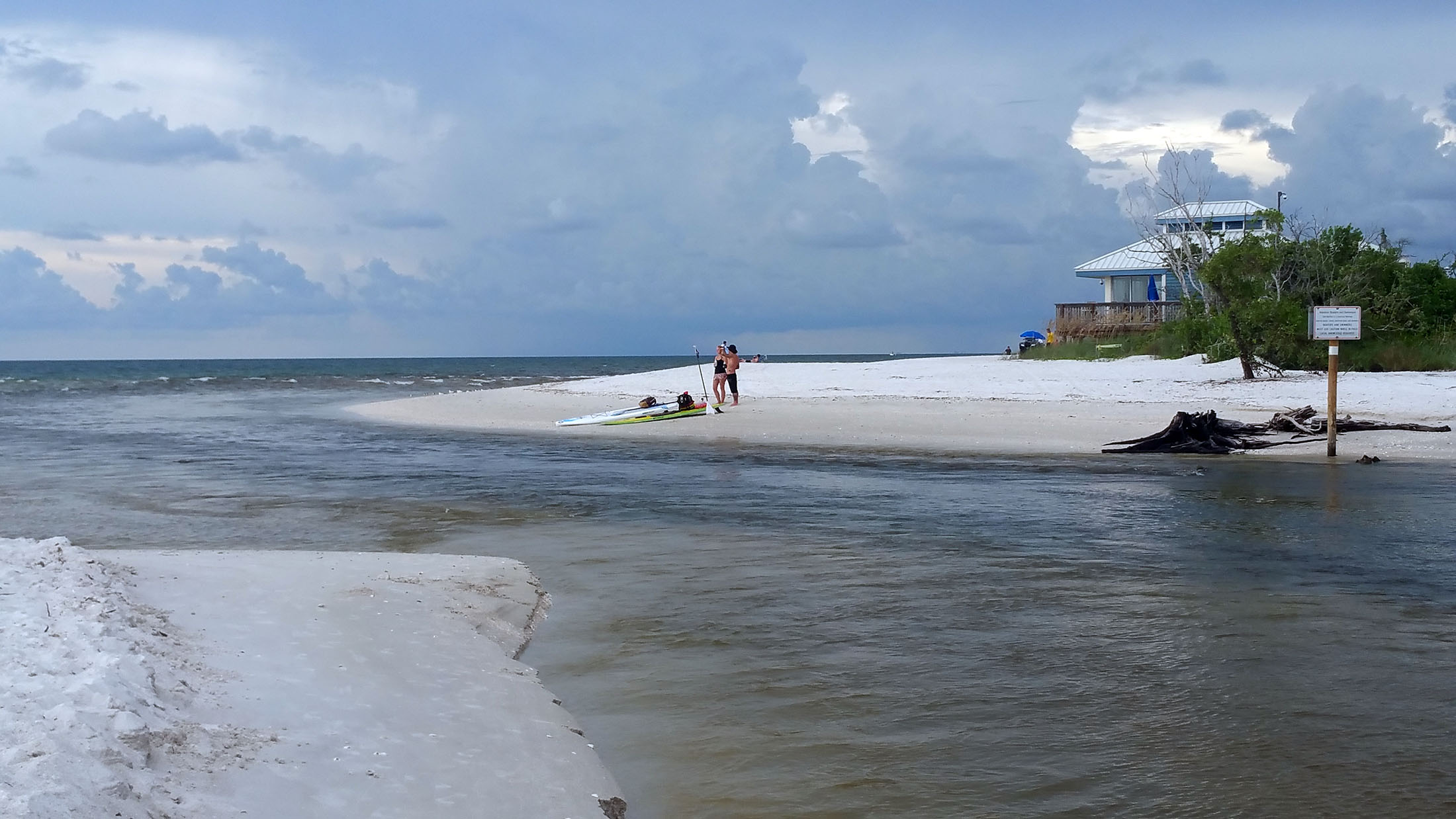 Clam Pass Beach, where one can float with the tide through a narrow inlet, is an appealing alternative to the beaches on Sanibel Island. (Craig Davis/Craigslegztravels.com)