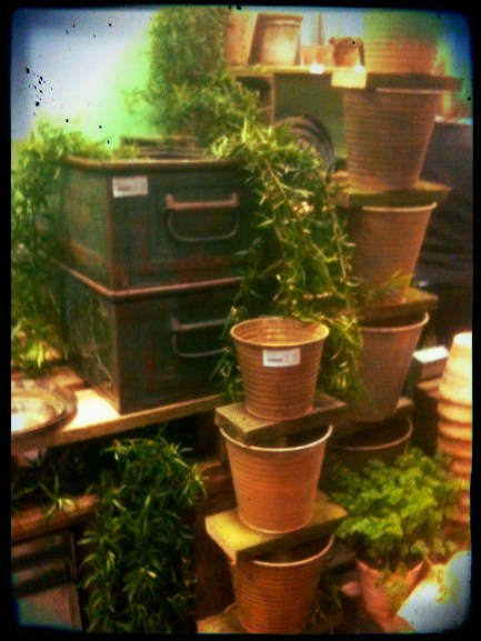 Grona platlador for plantering
