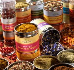 Underbara ekologiska kryddor, vildblommor och kryddblandningar från Herbaria.