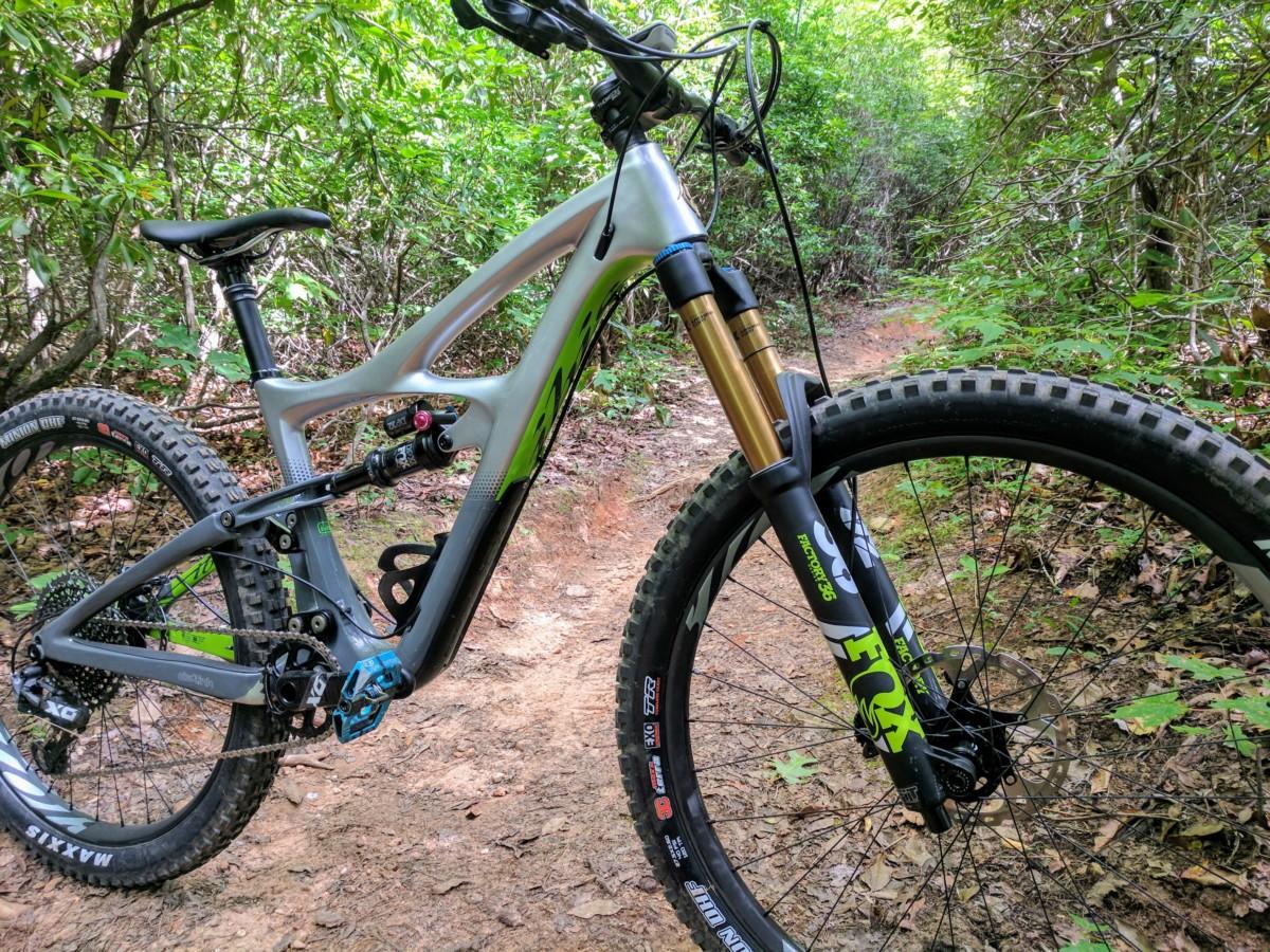 First Ride Review: Ibis Mojo HD4 – Enduro Weapon