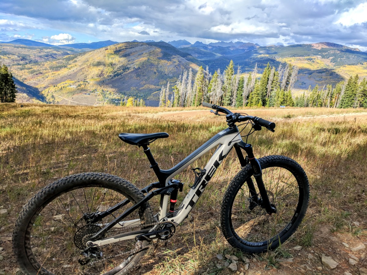 Outlier Demo Review: 2018 Specialized S-Works Enduro and Trek Slash 9.7