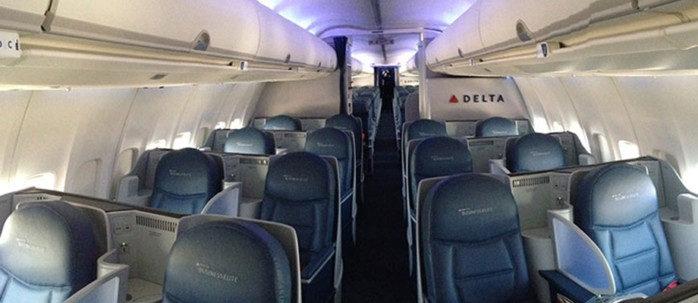 Delta 757 Flat Bed