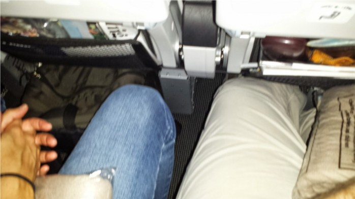 787-8 Legroom