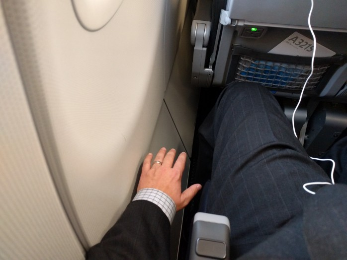 Weird Row 10 Gap American A321