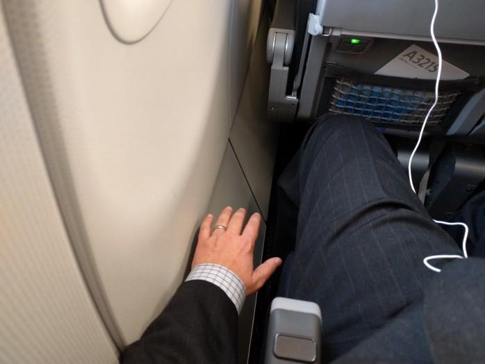 Weird Row 10 Gap American A321