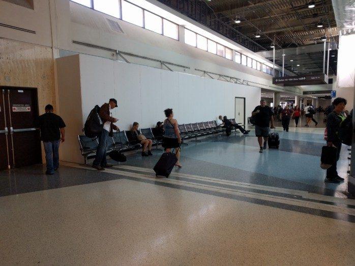 LAX Terminal 1 Closed Shops