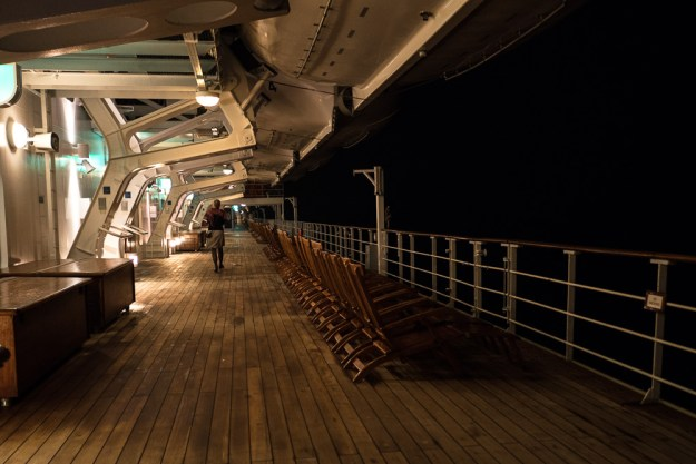 Deck Queen Mary 2