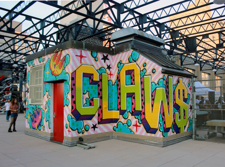 CLAW MONEY USA GRAFFITI