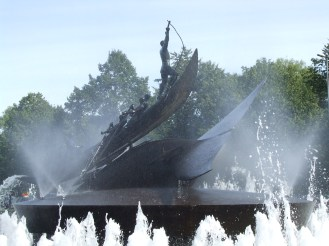 Men vs. Beast.... For 2000 years Vikings were responsible for the world's oil supply. Until today whaling is Norway's natioal heritage. That's how it looks when Vikings go out to hunt for world's oil and meat supply. Whalers are sitting by the fountain and chat 'bout their time out on the sea.