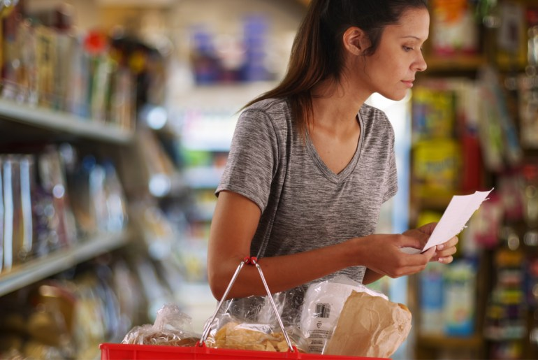 10 grocery story items you should always buy generic