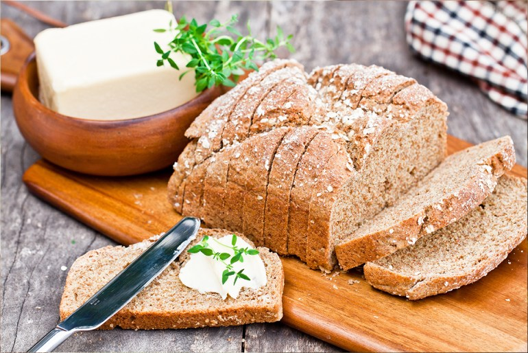 5 Irish Foods You're Basically Required to Eat on St. Patrick's Day_irish_soda_bread