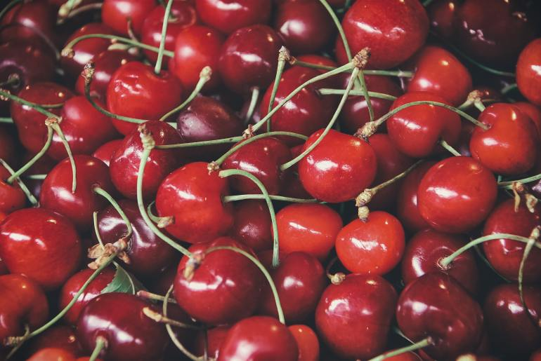 7 reasons you should eat more cherries