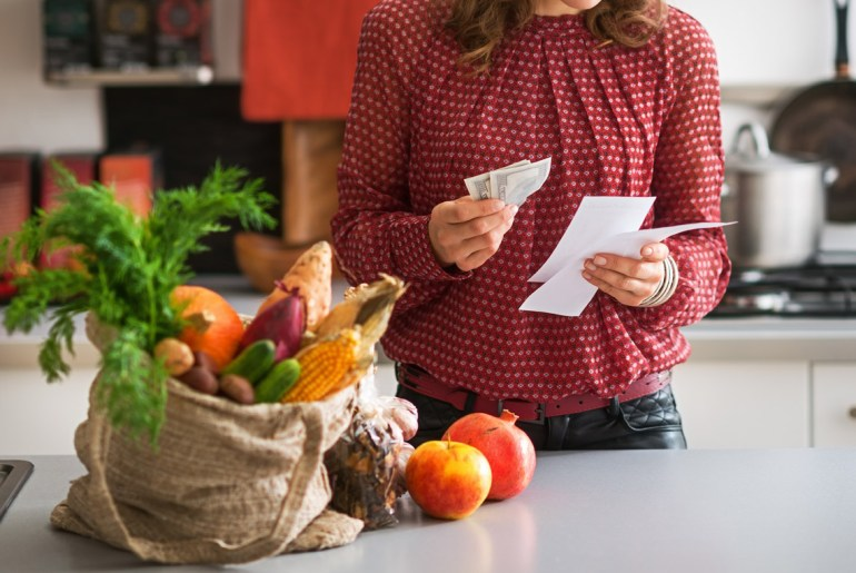 8 ways to save money on your Thanksgiving meal budget