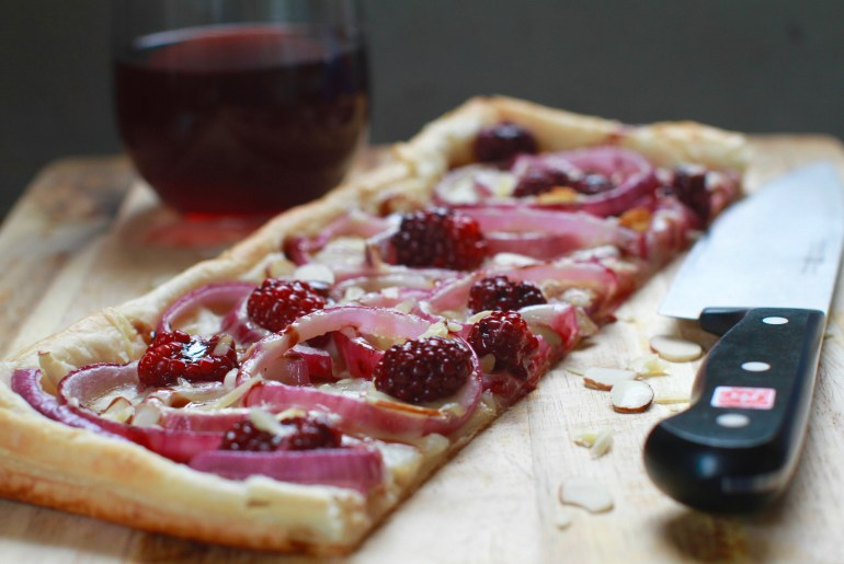 Blackberry, red onion, cheese tart recipe