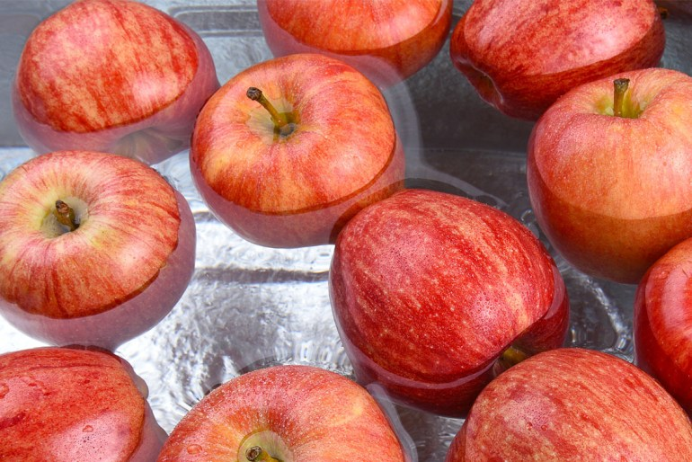 Bobbing for apples is a tradition based in love