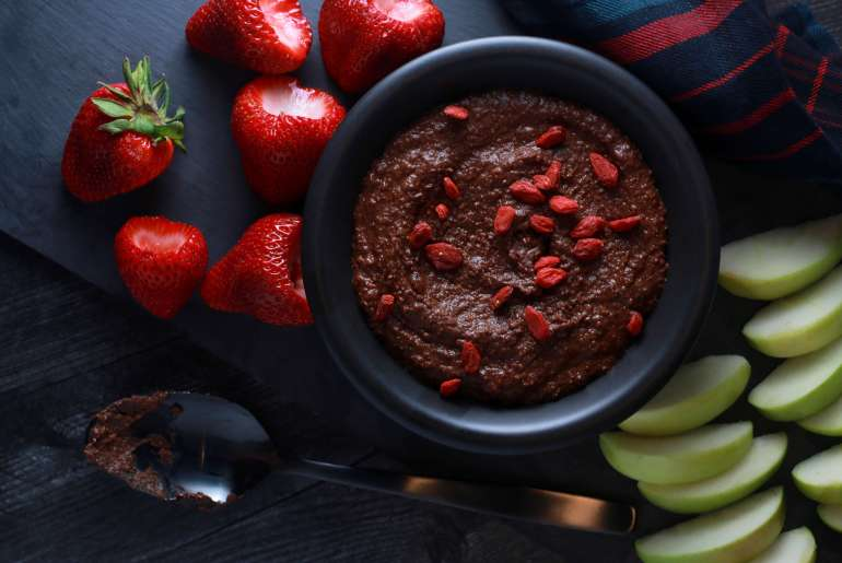 Brownie batter dessert hummus recipe_3