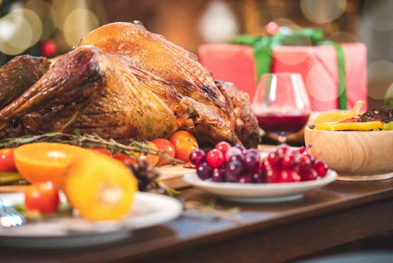 How to host a stress-free Thanksgiving feast