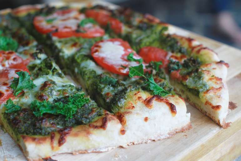 Kale pesto pizza is delicious, healthy option for pizza lovers2