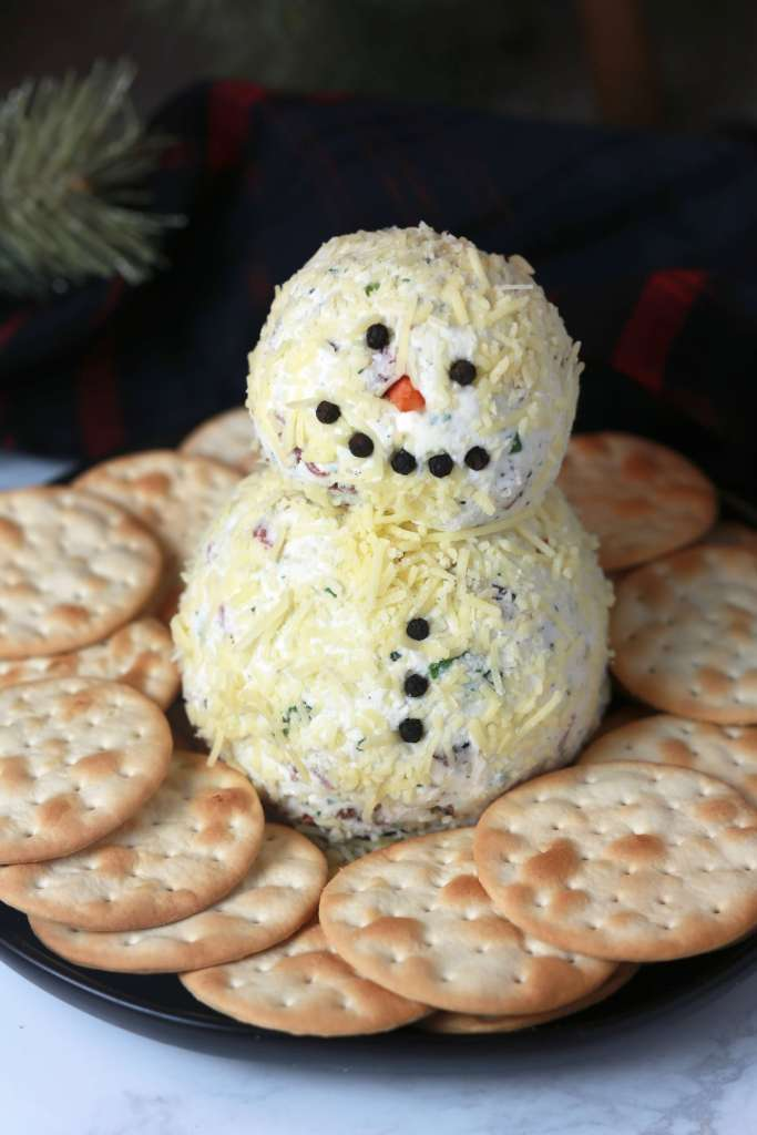 Loaded ranch snowman cheeseball_3