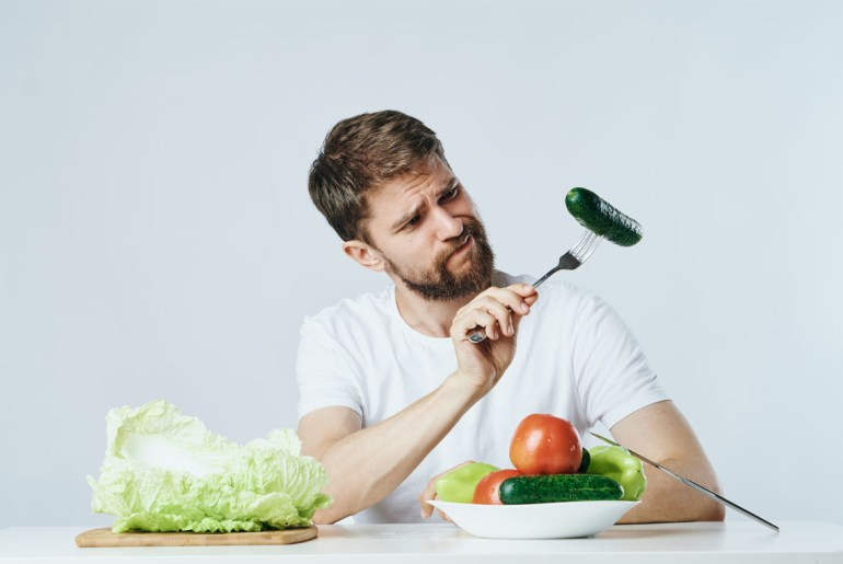 Men are embarrassed to adopt vegetarian diets, study shows