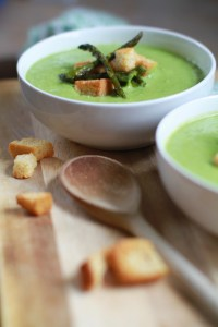 Roasted asparagus and pea soup recipe