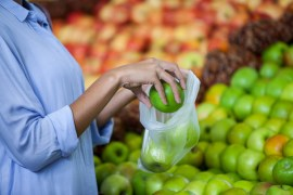 Should you skip individual plastic produce bags at the grocery store?