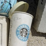 Starbucks offers $10 million to development of eco-friendly cup
