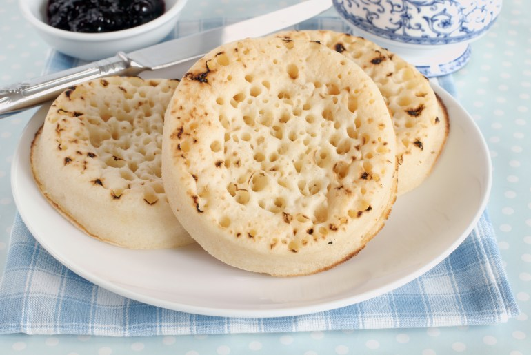 What's the difference between an English muffin and a crumpet