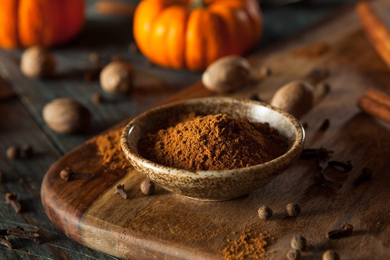 Homemade pumpkin pie spice blend mix