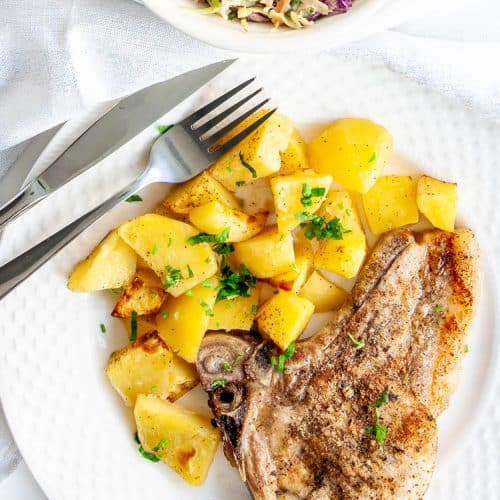 Some doctors recommend pork as an alternative to beef, so when you're trying to minimize the amount of red meat you consume each week, pork chops are a versatile meat choice that makes. Easy Oven Baked Pork Chops Craving Home Cooked