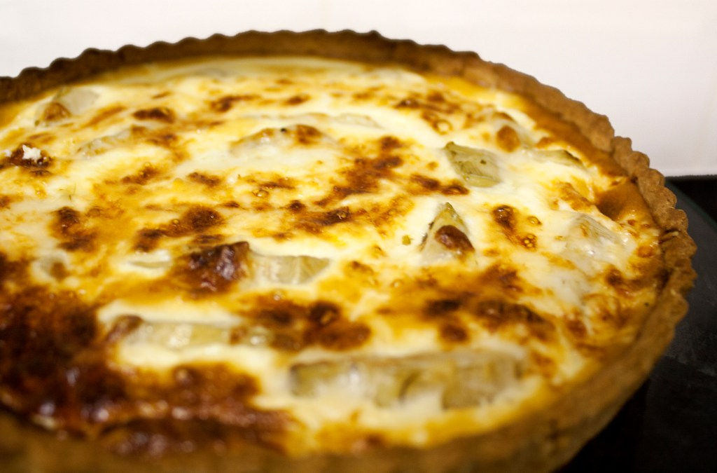 Artichoke and cheese quiche