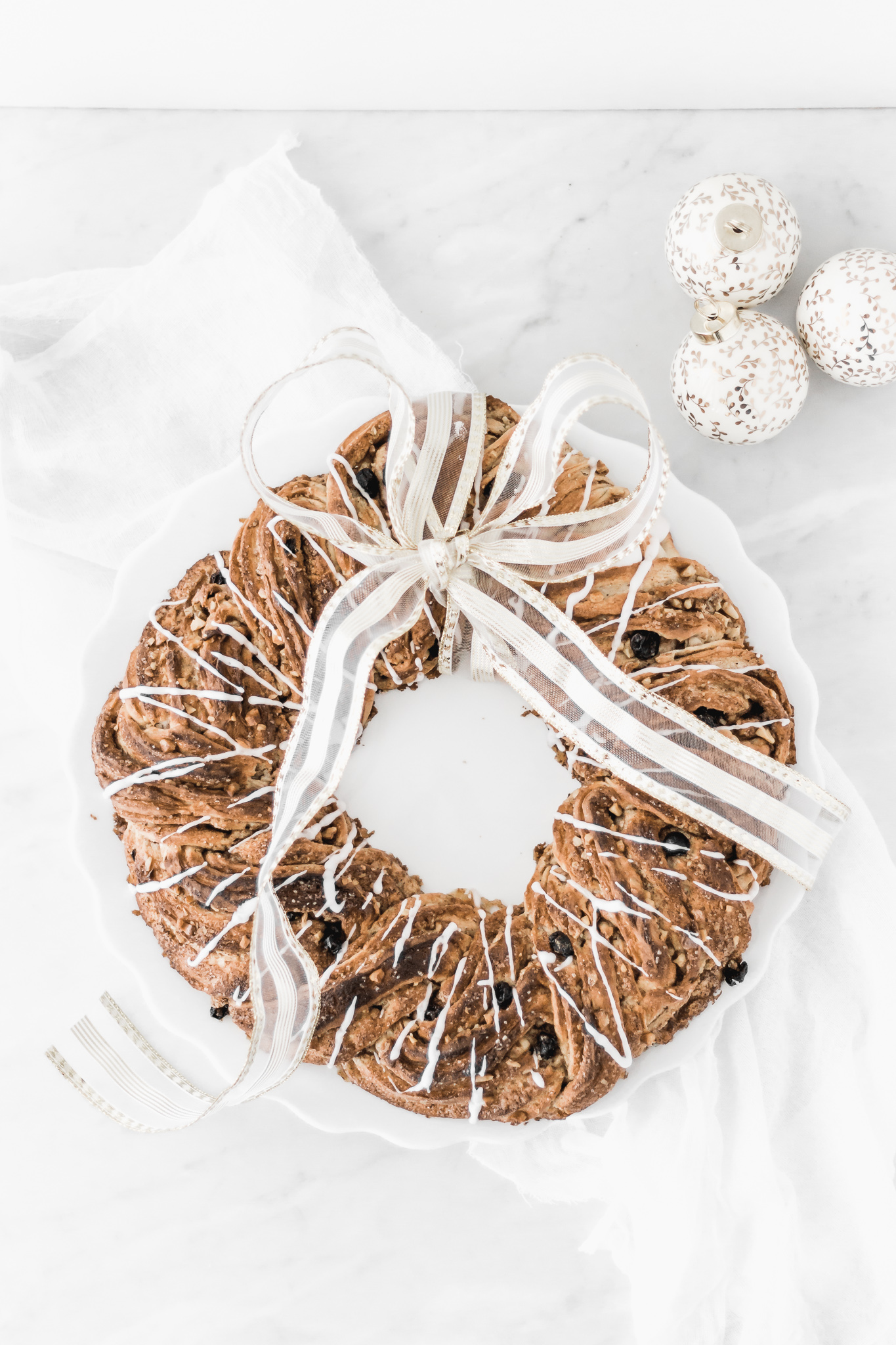 Christmas Bread Wreath with Walnuts and Raisins