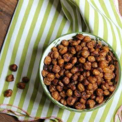 Spicy-Southwest Roasted Chickpeas