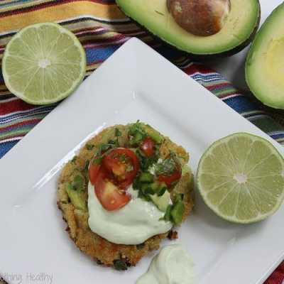 Avocado Quinoa Cakes {Meatless Monday}